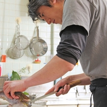 調理は若旦那が腕を振るいます1