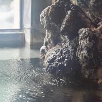 *大浴場・源泉かけ流し100%のお湯の効能は美肌、筋肉疲労、神経痛、リウマチ等