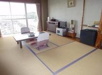 7.5畳2-3人利用冷蔵庫・テレビ・エアコン・金庫電話・電気ポット・お茶セット・鏡台完備