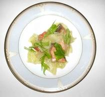 鮭と野菜の盛り合わせ
