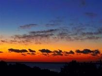 コテージから見える朝日