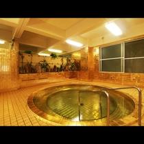 【黄金風呂】金の肌触り・・・なかなか経験のできない贅沢感