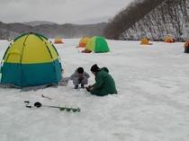 羽鳥湖の冬のワカサギ釣り