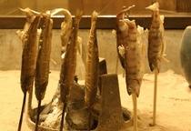 やまめと岩魚の塩焼き