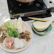 *【夕食/和食一例】お客様に好評な郷土料理・きりたんぽ鍋