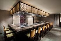 【鉄板焼 葵】京都市内ホテル初の認定「近江牛」指定店。目の前の鉄板で焼きあげる上質なお肉屋魚介類を♪