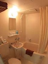 全室に備える、ユニットのバス&トイレです。