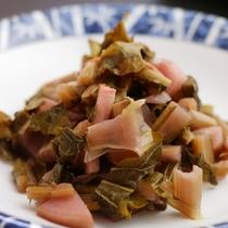 長野県木曽地方に伝わる伝統的な発酵食品です