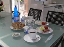 朝食スタイル