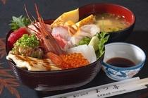 まつ善の海鮮丼