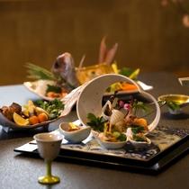 【料理/夕食】味だけでなく見た目にも美しい会席料理です♪