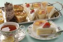 ケーキの食べ放題