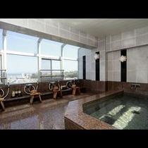 美しい景観の大浴場