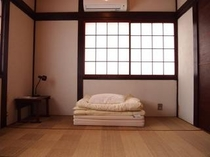 小さな個室(2名様まで)