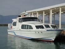 観光船青戸クルーズ 約50分のコース 9:00、11:00、13:00、15:00〜