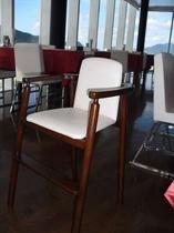 レストランさぼうる お子様用椅子