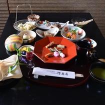 *お夕食一例(野遊)/季節の旬と奥多摩の食材を活かした山里会席料理をお愉しみ下さい。