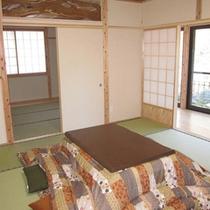 【離れ和室】8畳と6畳の二間に露天付き。プライベート空間で気兼ねないひと時を。