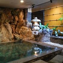 庭風呂「白虎の湯」