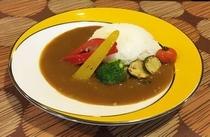 看板メニューの野菜カレー