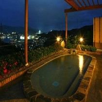 露天風呂から見える女神大橋