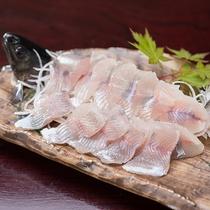 *【夕食】「お料理グレードアップ」プランでは、なかなか珍しい岩魚の刺身をご提供!