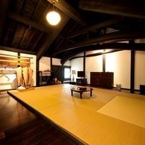 はなれ客室タイプ【10畳和室2間、2階建て+源泉かけ流し内湯・露天風呂付き】