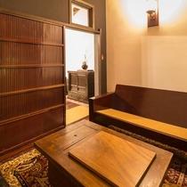 はなれ客室Cタイプ:スイート   浪漫閣月の花/談話室