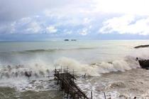 日本海荒波