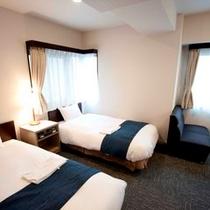 ツインルーム(16〜20平米、ベッド幅90〜100㎝)