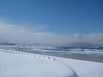 とある冬の日の海