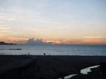 浜詰の夕焼け
