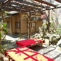 ■お茶室とお庭■