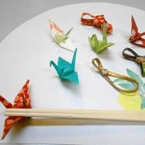 和の遊び心が感じられる鶴の箸置き