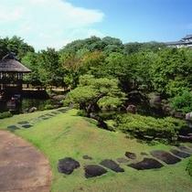 【好古園】築山池泉の庭