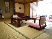 客室(10畳タイプ) 一例