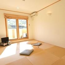 【和室】琉球畳を使用した和室。人気の高いお部屋です。