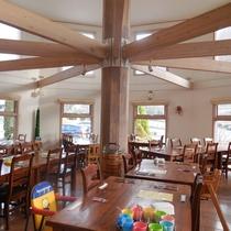 【メインダイニングルシヨン】ご夕食・ご朝食ともに館内レストランにてお召し上がりいただきます。