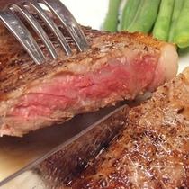 伊豆牛のステーキ