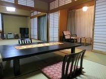 特別客室「御幸」 和室16帖+広縁