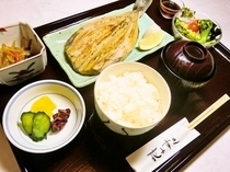 夕食(魚料理の一例)