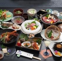 月膳コース(温泉内湯付き客室のご夕食一例)