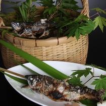ご夕食イメージ:鮎焼き(6月〜9月限定)