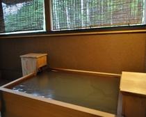 本館客室露天風呂一例