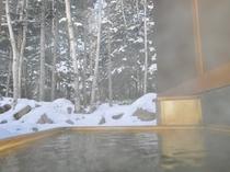 離れ棟客室露天風呂 冬期