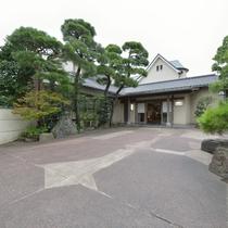 *【外観】鎌倉唯一の純和風割烹旅館です。
