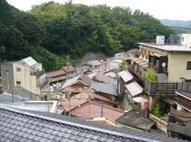 鶴の間から見た温泉街