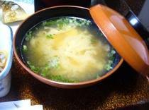 朝食 味噌汁