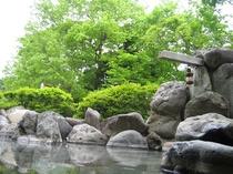 露天風呂(春)