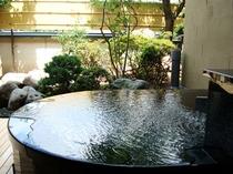 客室の露天風呂③